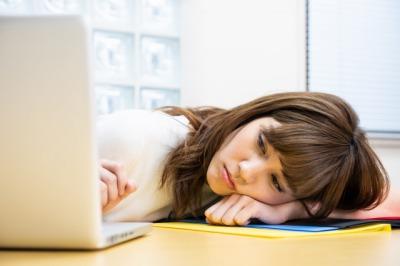 慢性疲労女性画像.jpg
