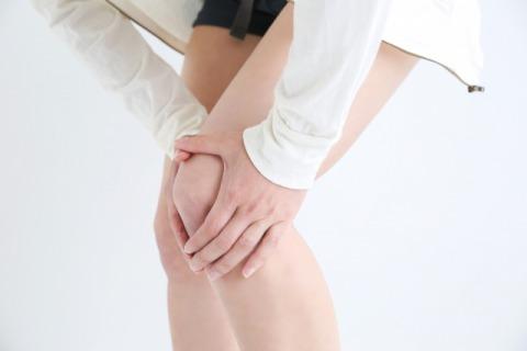 膝痛女性480.jpg