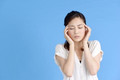 頭痛女性480.jpg